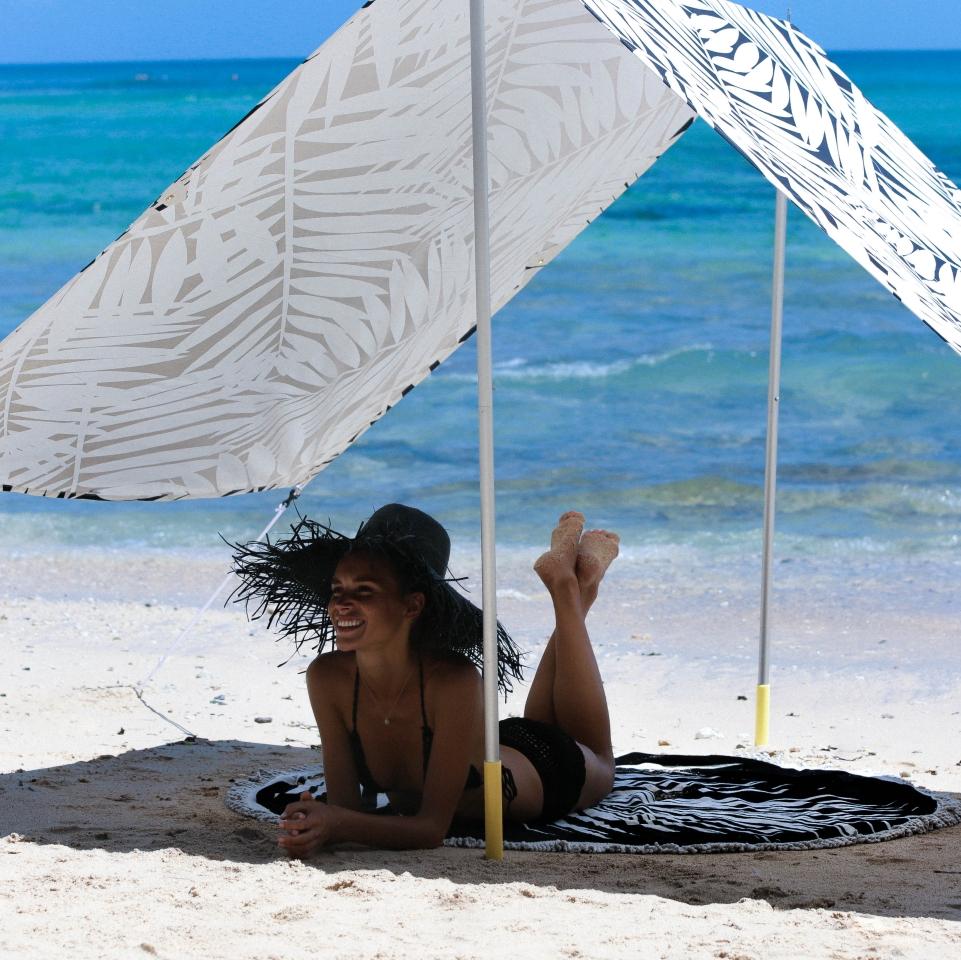 Rio Beach Tent1